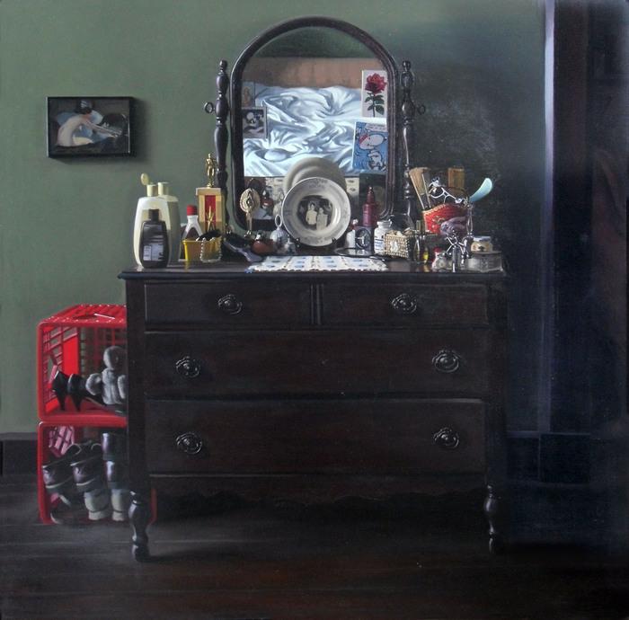 Zoe's Dresser